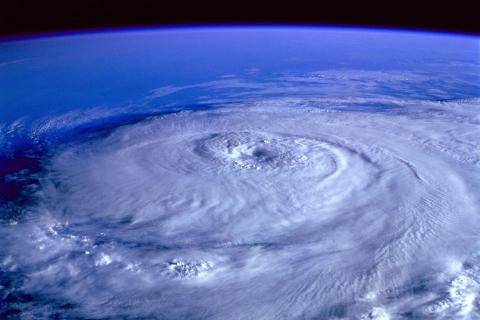 特別警報級ってどれくらいすごい?台風10号、2020年9月6日、沖縄へ接近!台風の達人、沖縄人が教える、台風対策。台風の備えチェックリスト付き